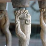 Oyulmuş, aslan ayaklı masa / Pazırık Kurganı–2 MÖ. 300-290