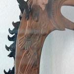 Bilinmeyen bir nesnenin oyma başlığı/ Pazırık Kurganı-5 MÖ. 300-290 (Ahşap ve deri, boy 35 cm.