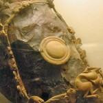 Dizgin ve geyik boynuzu süslemeli at başlığı/ Pazırık-Altay, Kurgan-5 MÖ. 252-238